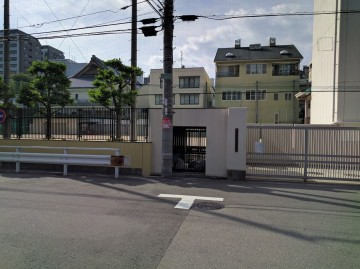 生魂小学校2
