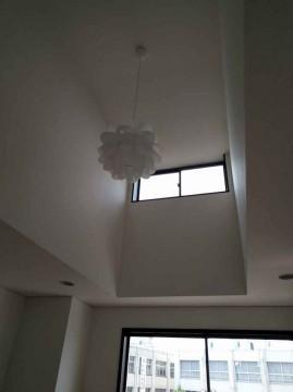 4階洋室7,5帖天井